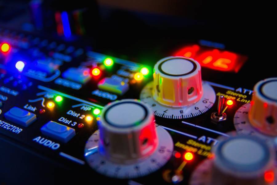 Mesa de mezclas preguntas frecuentes consejos for Mesa de mezclas virtual